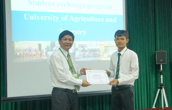 The closing ceremony of students exchange program between Rajamangala University of Technology Tawan-ok, Thailand  & HUAF