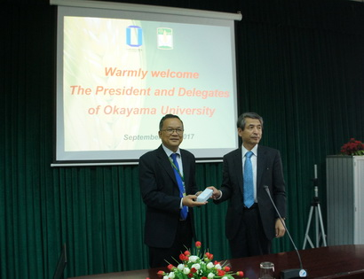 Prof. Makino Hirofumi- President of Okayama University visited and worked with HUAF