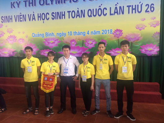 Two students of HUAF won prizes in the national mathematical Olympiad competition 2018 in Quang Binh province